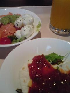 magoyacatsle_breakfast1.jpg