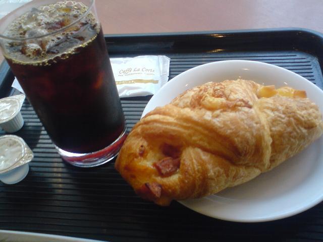 cafeveloce_morning.jpg